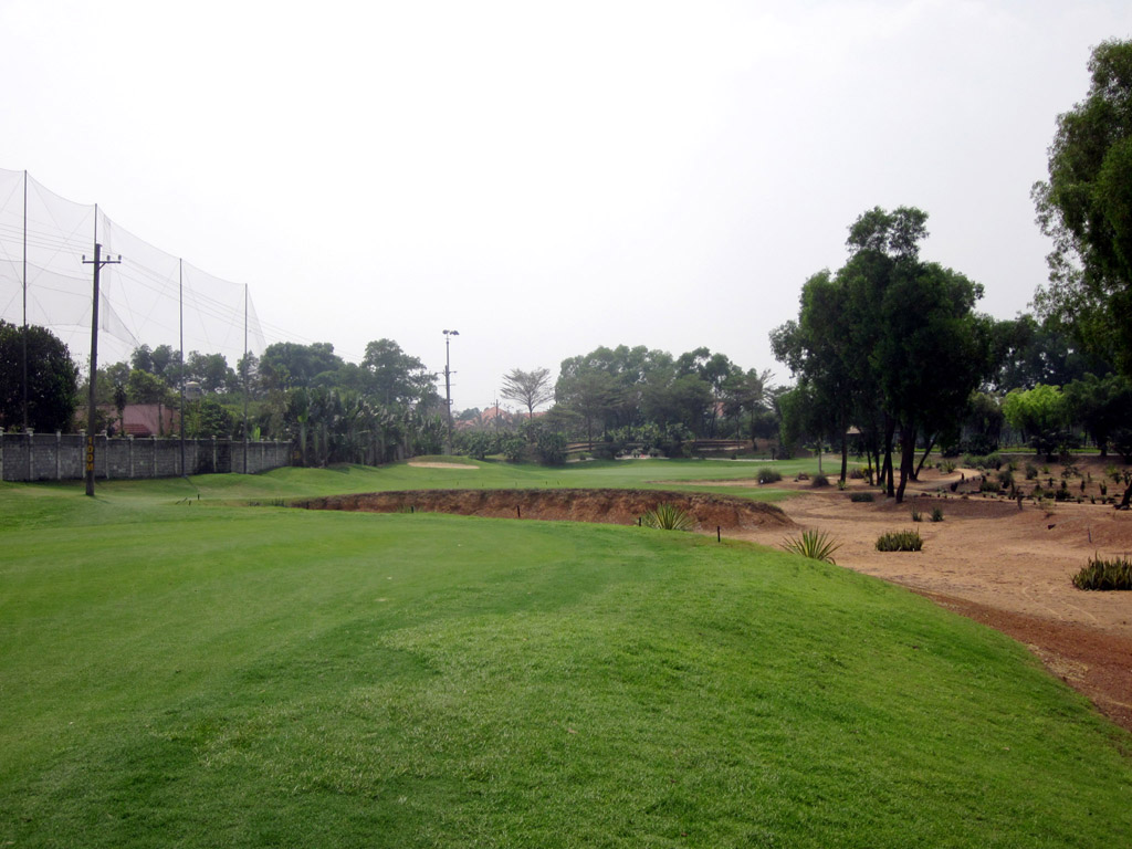 Song Be Golf Club-Desert & Lotus Course